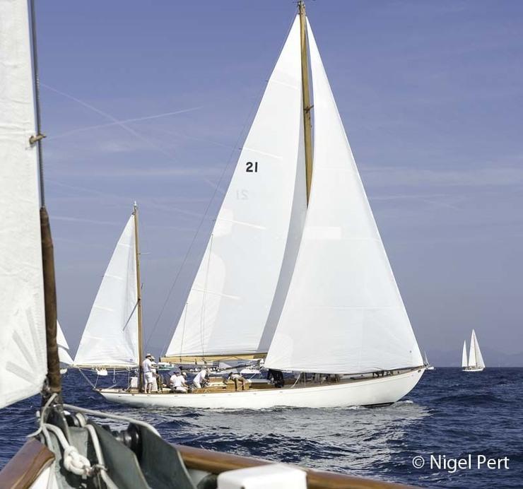 Une flotte de yachts de légende pour les dix ans des Régates Impériales