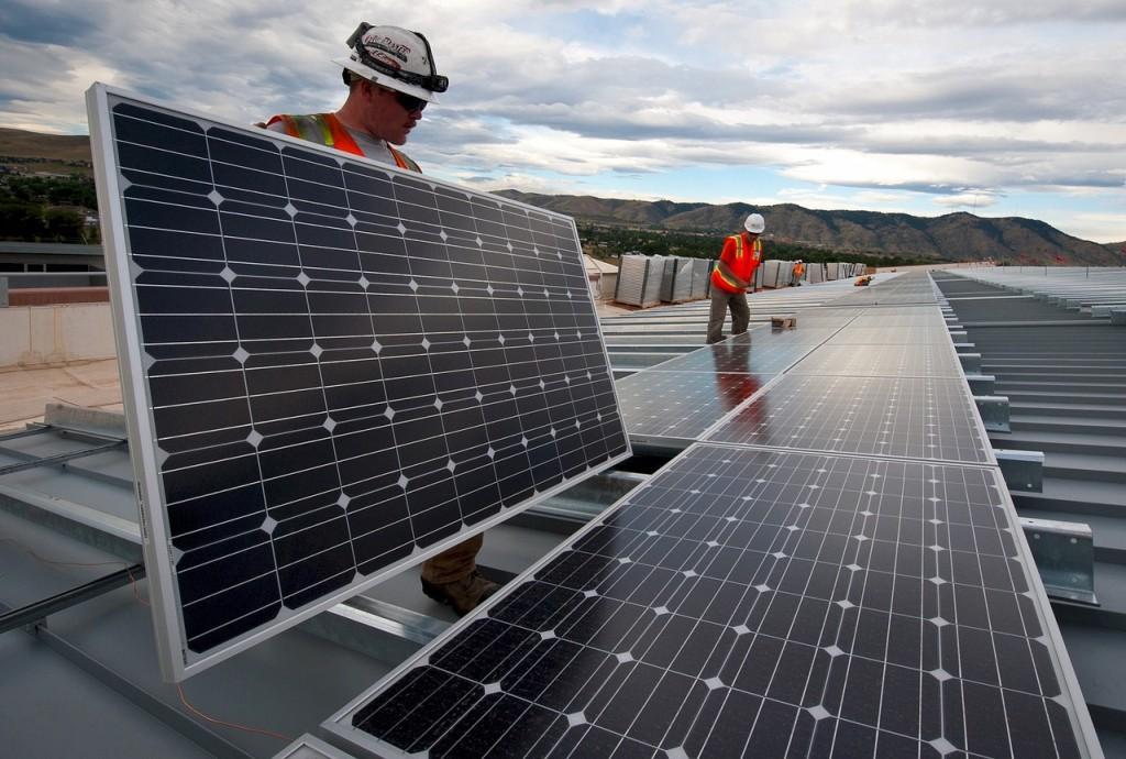 3 solutions à envisager pour réduire votre facture d'électricité en Corse