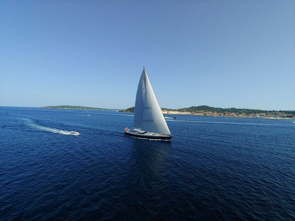 Naviguer dans le golfe de Saint Tropez