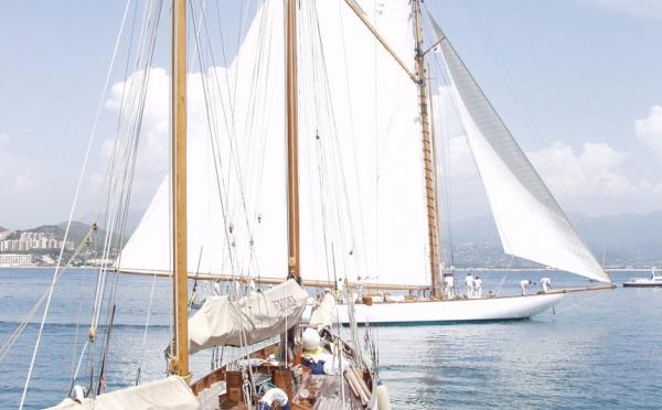 Affrètement de voiliers pour les Régates Impériales 2008