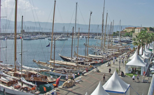 Les yachts de la 8ème édition des Régates Impériales by Schweppes